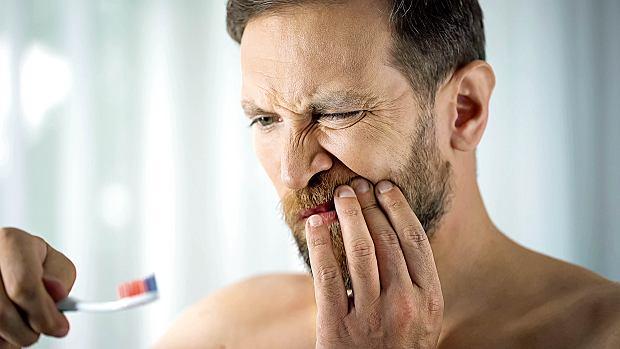 5 sztuczek z TikToka, które przerażą każdego dentystę