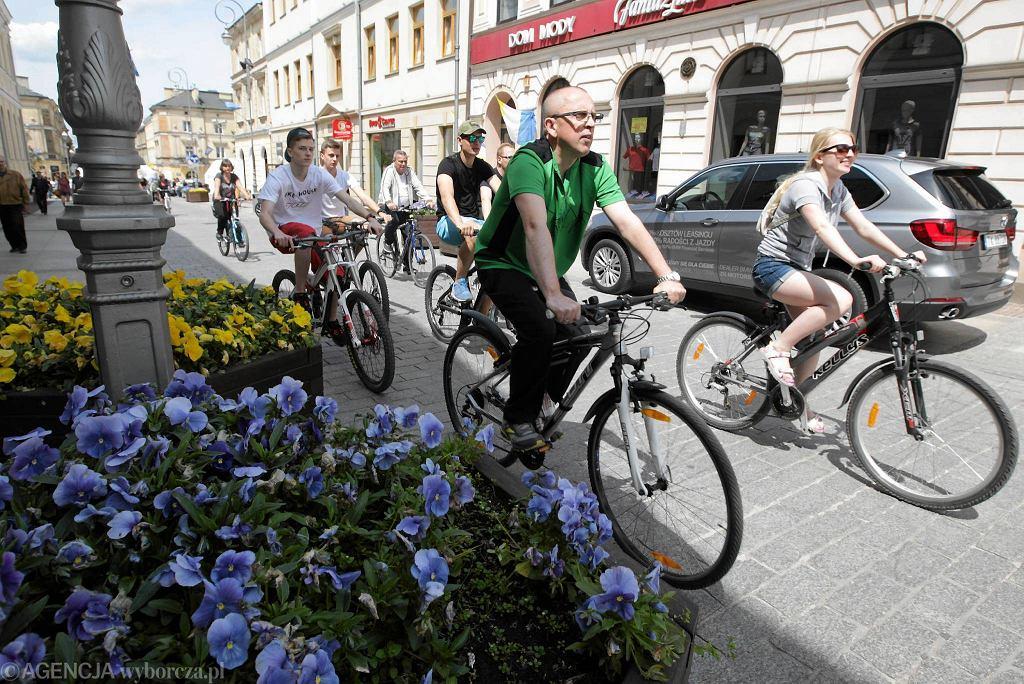 31.05.2015, Kielce. Masa krytyczna z okazji Dnia Dziecka i Budzenia Sienkiewki