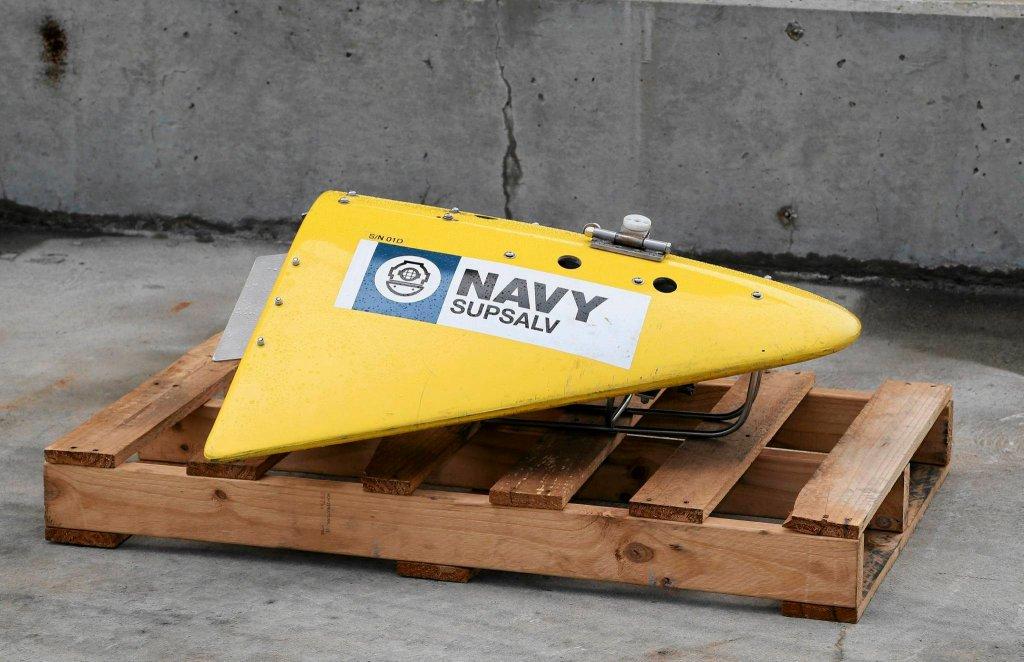 Lokalizator impulsów (Towed Pinger Locator - TPL), wykorzystywany do poszukiwań czarnych skrzynek samolotów