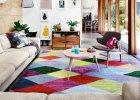 Kolorowy dom na przedmieściach Melbourne