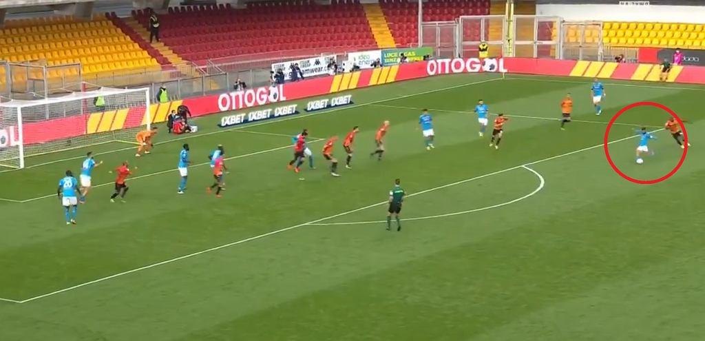 Gol Lorenzo Insigne w meczu z Benevento