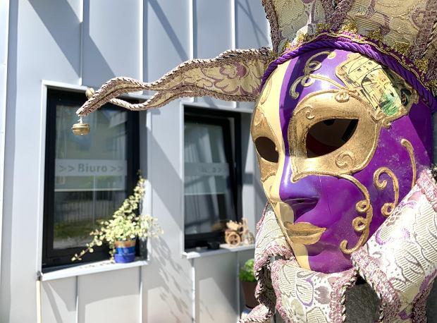 Tę maskę można było mieć za symboliczną kwotę. Została skradziona