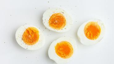 Jajko na twardo to jeden z najbardziej podstawowych przepisów.