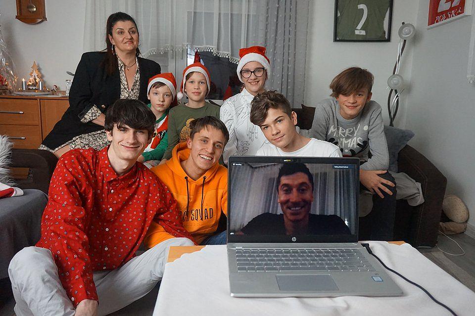 Lewandowski zrobił dzieciom mikołajkową niespodziankę