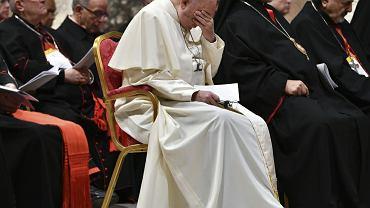 Papież Franciszek podczas nabożeństwa podsumowującego trzydniowy szczyt poświęcony walce z pedofilią w Kościele