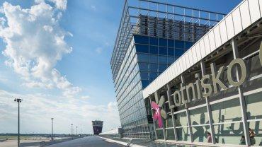 Terminal na Lotnisku Chopina w Warszawie