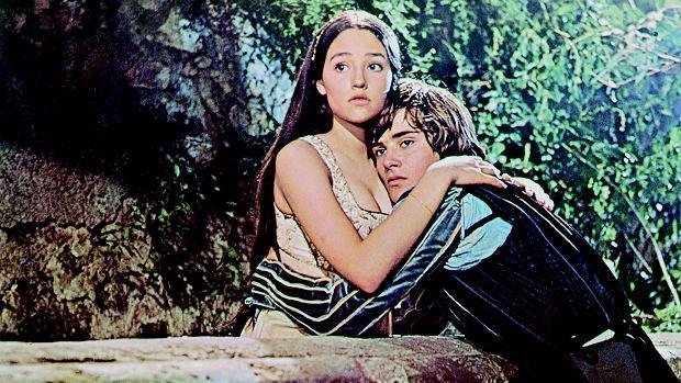 młoda scena seksu Frankensteina ebony nastolatki pow