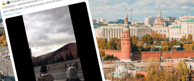 Rosja. Silny wiatr uszkodził mur Kremla. Plac Czerwony został zamknięty