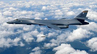 Amerykańskie bombowce nad Półwyspem Koreańskim