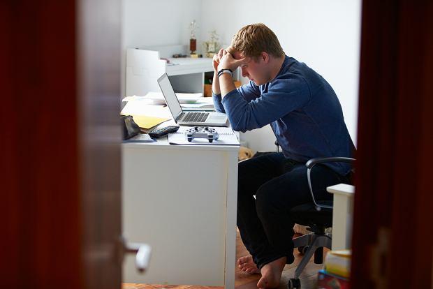 Młodzi ludzie mówią: 'Komuś obcemu mogę powiedzieć wszystko, bo się nie wstydzę' (fot. Shutterstock)