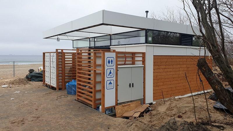 На пляжах Гданьска появились 2 туалета стоимостью более 2 млн злотых