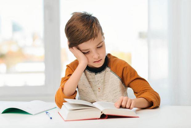 Edukacja ekonomiczna w polskich szkołach jest bardzo potrzebna, a dzieci chętnie poznają zasady ekonomii
