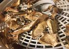 Jak namoczyć suszone grzyby? To zależy od rodzaju