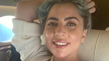 Lady Gaga i jej nowa fryzura. Gwiazda przeszła spektakularną metamorfozę i jest nie do poznania (zdjęcie ilustracyjne)