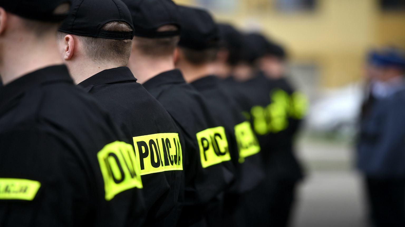 af7166d240b7d7 Kandydaci na policjantów są w szoku, gdy okazuje się, że w policji ...