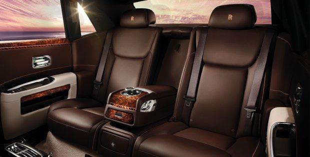 Rolls Royce Ghost II z rozszerzonym rozstawem osi
