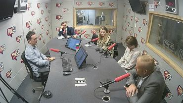 Goście programu 'Wybory w TOKu' - Julia Pitera z PO, Zbigniew Gryglas z klubu PiS, Witold Zembaczyński z Nowoczesnej i Katarzyna Piekarska z SLD.