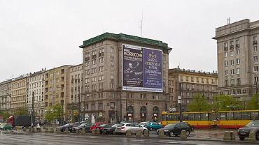 Nielegalna reklama przy pl. Konstytucji