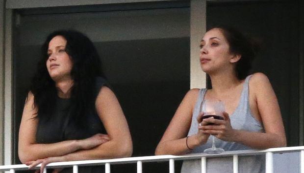 Jennifer Lawrence z przyjaciółką