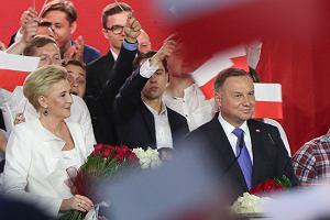 Przestaję komentować polską politykę. Zastąpiła ją wojna gangów. Nic tu po mnie