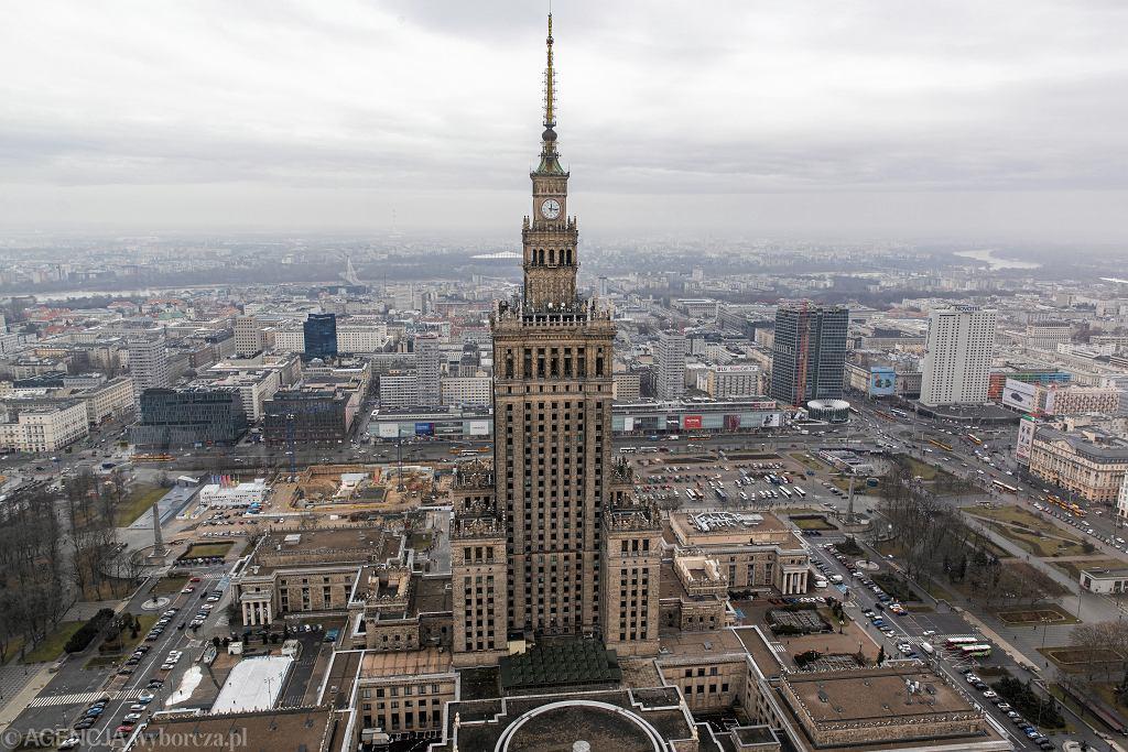 Pałac Kultury i Nauki zostanie podświetlony na barwy Białorusi. Trzaskowski: Apeluje o demokratyczny proces wyborczy