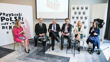 Wybory parlamentarne 2019. Debata WWF Polska o ekologii we Wrocławiu. Na zdj. od lewej Tytus Czartoryski, Jacek Protasiewicz, Piotr Kozdrowicki, Małgorzata Tracz i Marta Czech