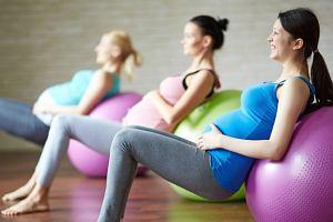 Ubrania sportowe dla przyszłych mam - bądź fit także w ciąży!