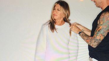 Jennifer Aniston pokazała zaskakujace zdjęcie zza kulis. Fotografia robi furorę w sieci. 'Jestem tylko dziewczyną'
