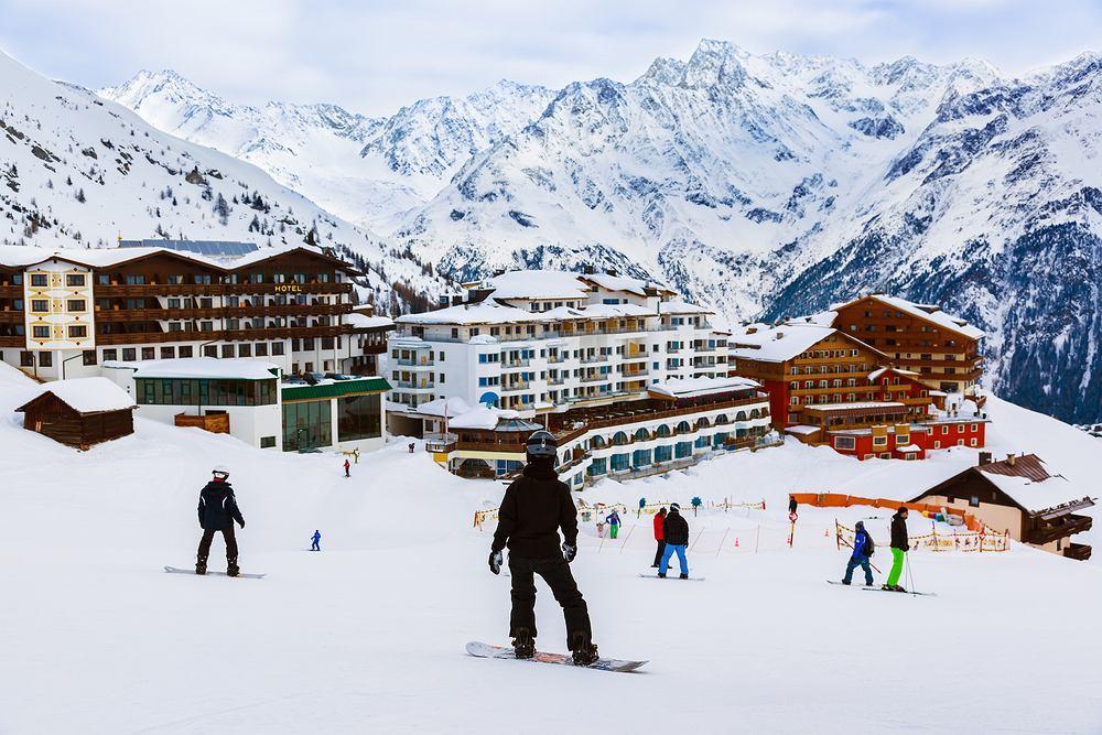 W ośrodkach narciarskich będą obowiązywały specjalne zasady w związku z COVID-19