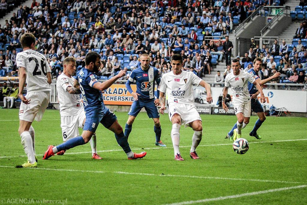 Lech Poznań - Pogoń Szczecin 1:0. Strzela Zaur Sadajew