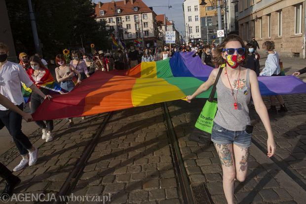 u03.10.2020 Wroclaw . 12. Wroclawski Marsz Rownosci - pod haslem  Dla Polski '.Fot. Krzysztof Cwik / Agencja Gazeta