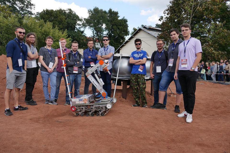 Studenci z Politechniki Śląskiej zbudowali marsjański łazik