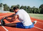 Rozciąganie po bieganiu - kilka rzeczy, które musisz wiedzieć. Lepiej rozciągać się przed czy po bieganiu?