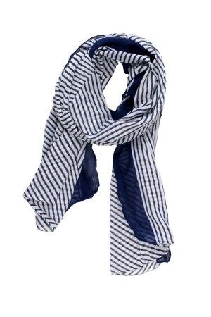 Jaki krawat jak szalik zakładamy