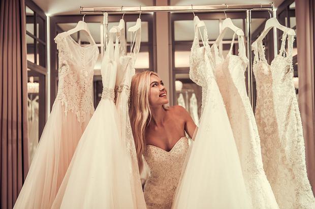Suknie ślubne 2021. Co będzie modne w tym sezonie?