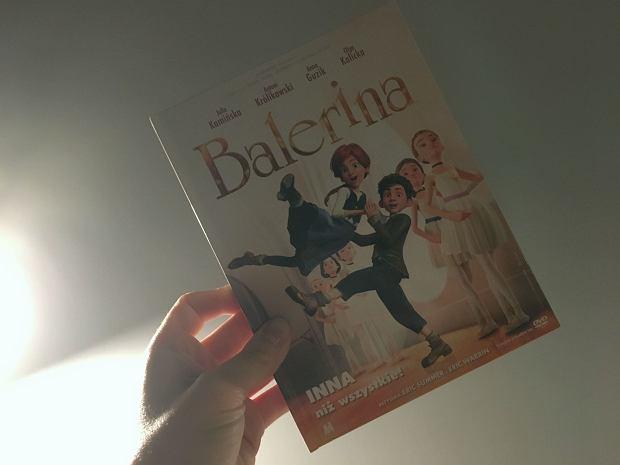Balerina to niezwykle ciepła opowieść o spełnianiu marzeń i wdzięcznym przeskakiwaniu przez kłody, które rzuca nam los.