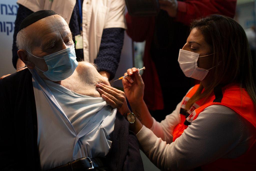 Izrael. Szczepionka Pfizera jest skuteczna. Po szczepieniu zakaziło się 20 z 128 tys. osób (zdjęcie ilustracyjne)