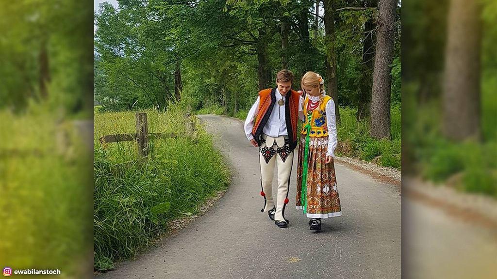 Stochowie w tradycyjnych, góralskich strojach.