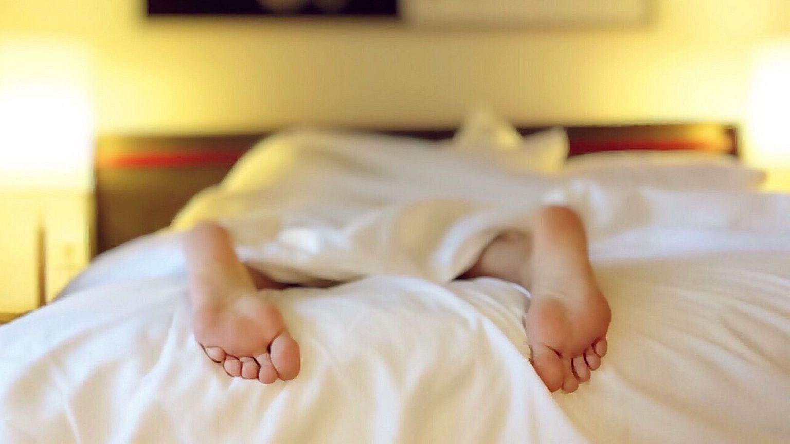 Według seksuologa Andrzeja Gryżewskiego, w do trzecim stałym związku mężczyźni wymawiają się od seksu