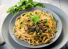 Spaghetti z ziołami, cytryną i anchois - ugotuj
