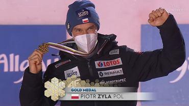 Piotr Żyła ze złotym medalem