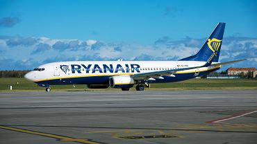 Ryanair znosi opłatę za zmianę rezerwacji dla wszystkich podróży w kwietniu