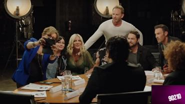 Kadr z klipu promocyjnego 'Beverly Hills 90210'