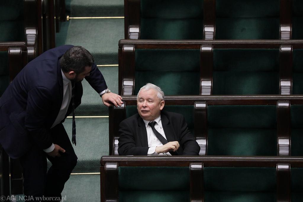 Drugi dzien 8 posiedzenia Sejmu IX kadencji w czasie epidemii koronawirusa