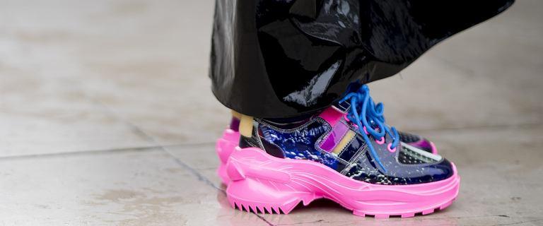 Wygoda w sportowym wydaniu. Sneakersy Mohito królują na ulicach! Te modele są piękne i wygodne. Teraz kupisz je taniej!