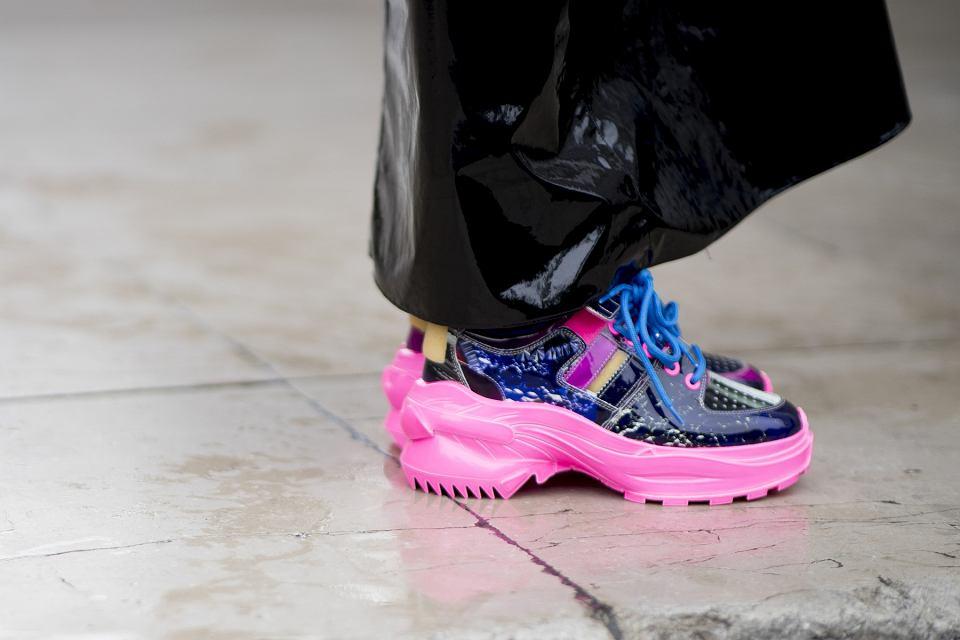 Modne sneakersy Mohito