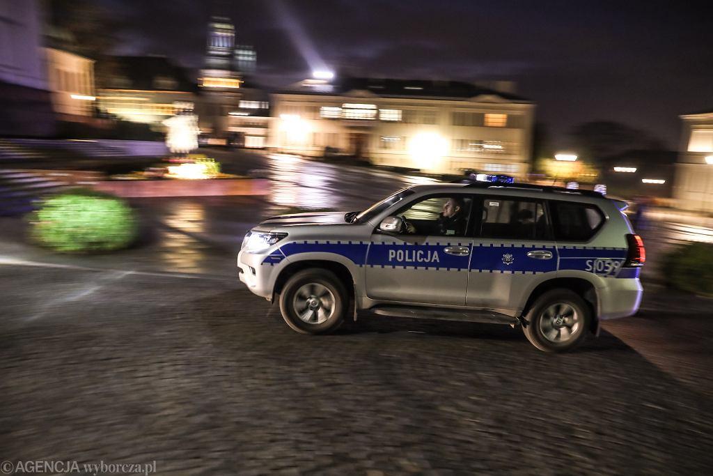 Nocny pościg policyjny w Częstochowie (zdjęcie ilustracyjne)