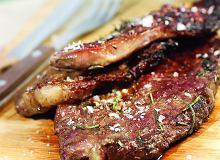 Steki argentyńskie z domowym sosem barbecue - ugotuj