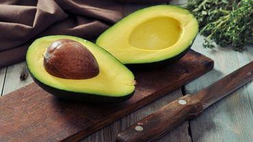 Awokado to nie tylko doskonały dodatek np. do sałatek, ale i bogate źródło witamin