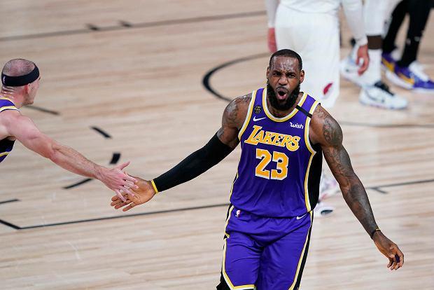 LeBron James show! Wielki powrót NBA. Los Angeles Lakers gra dalej
